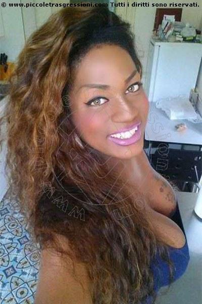 Foto selfie di Shanaya transexescort Vigo