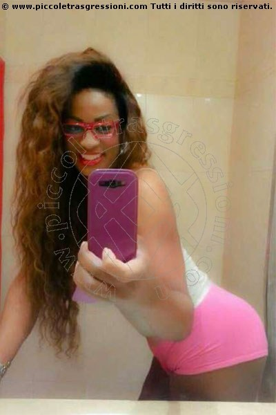 Foto selfie 1 di Shanaya transexescort Vigo